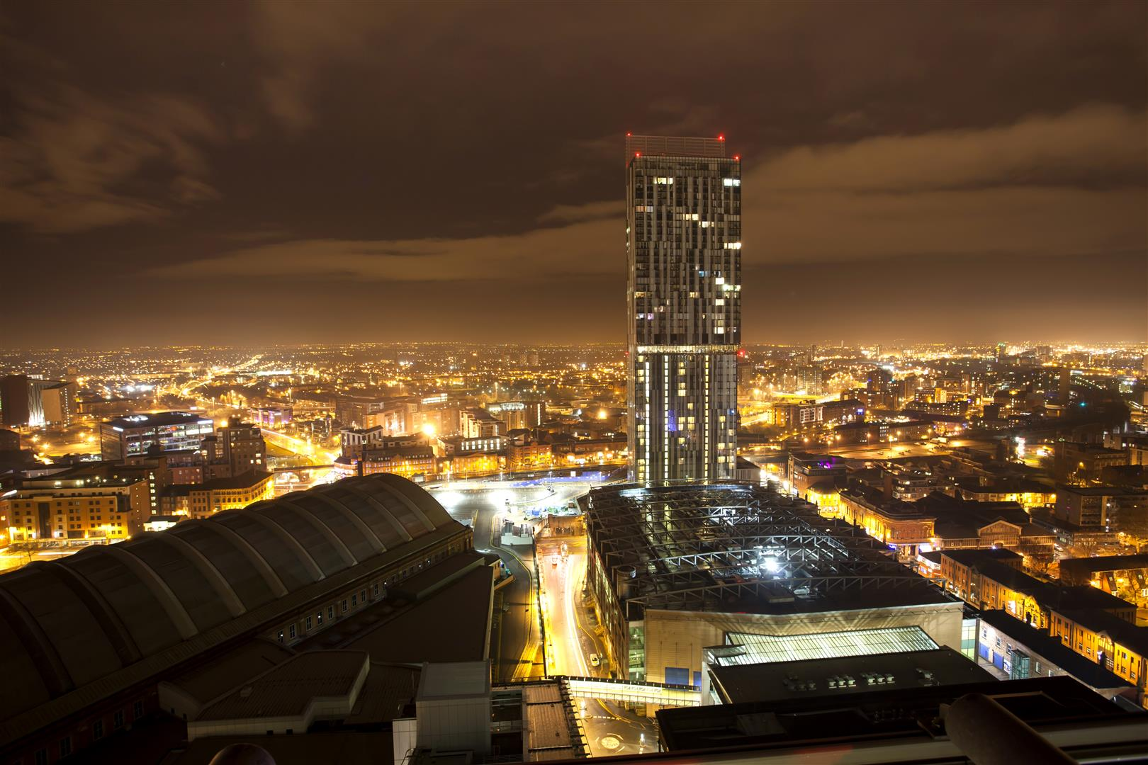 Manchester saw big rises in the acquisition of office space