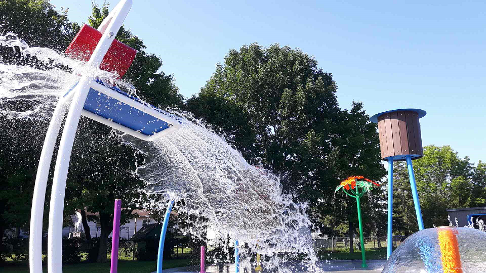 Splash Pads Make Water Safe And Fun For Everyone Twinfm