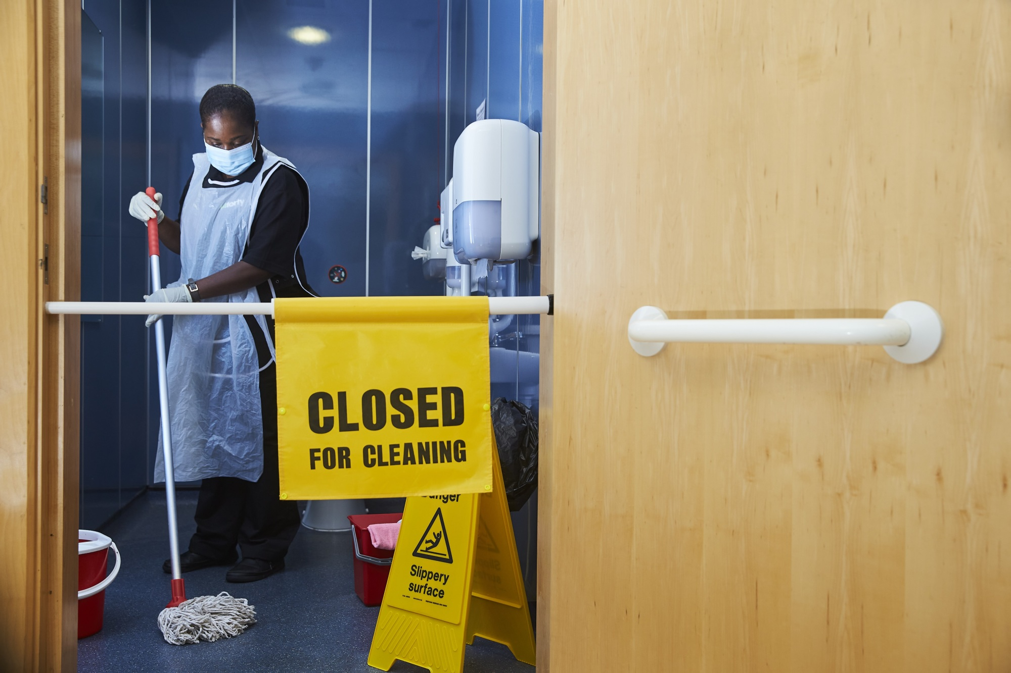 Five Cleaning Tips to Make Your Workplace COVID-Secure