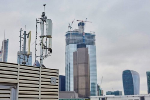 EE has said it will be launching 5G within 16 UK cities in 2019