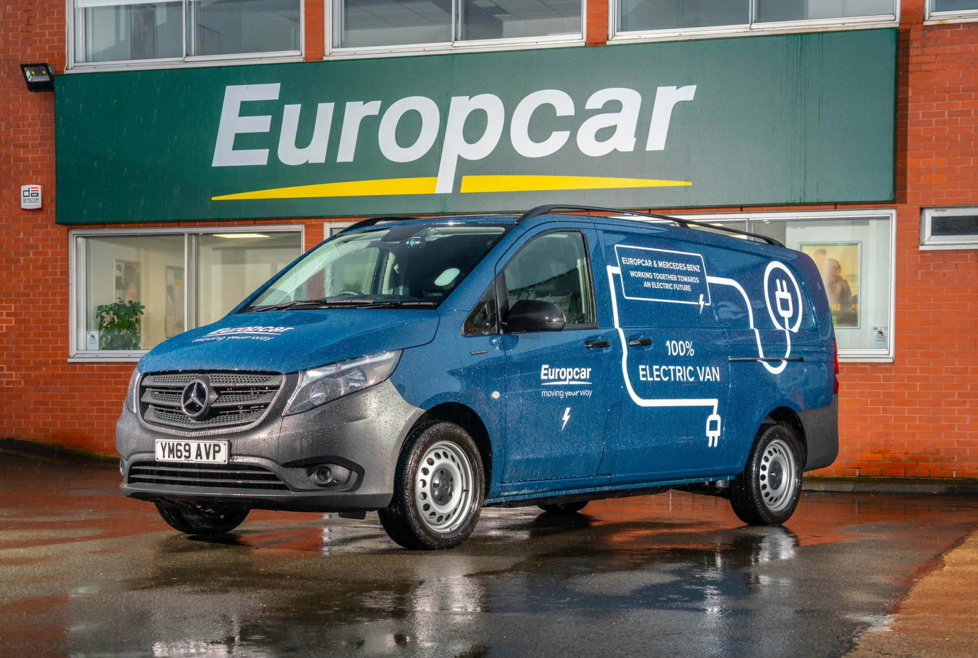 Europcar Partners With Mercedes-Benz To Help Businesses Put Electric Van Technology To The Test