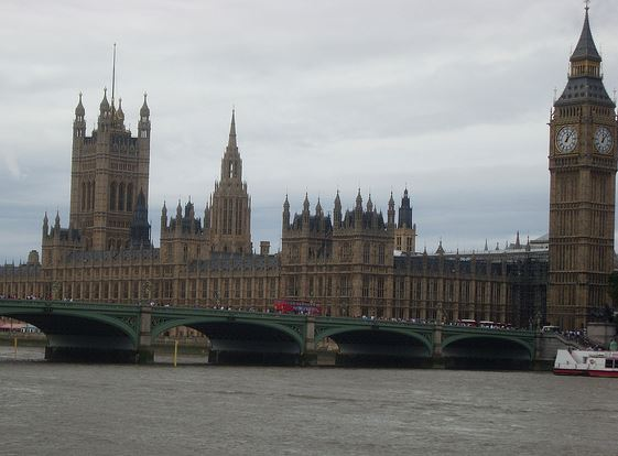 Imtech Inviron has retained their Houses of Parliament contract while the Draft Restoration and Renewal Bill lumbers on
