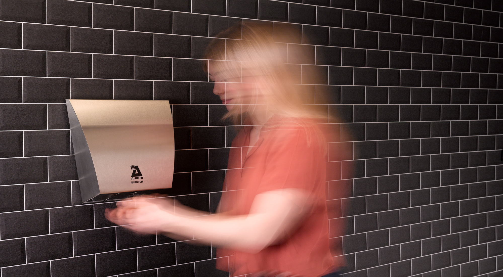 UK Government Confirms Safe Use Of Hand Dryers During Pandemic